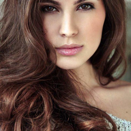 Elnaaz Norouzi. Pic 12.