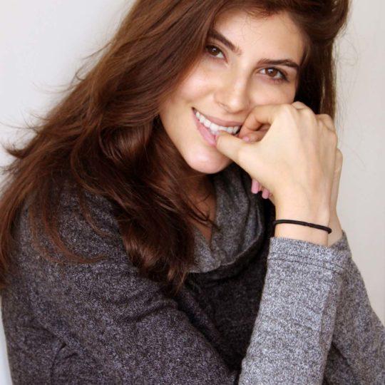 Elnaaz Norouzi. Pic 15.