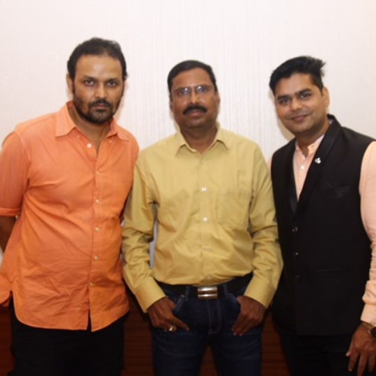 Karan Kashyap , Ravi Shukla, Akhilesh Pandey