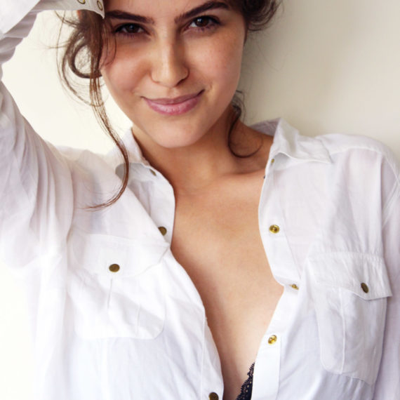 Elnaaz Norouzi. Pic 29.