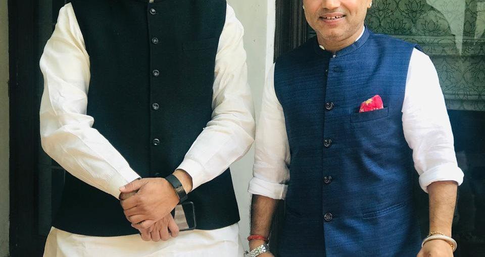 Kailash Kher with Dharmendra Pradhan