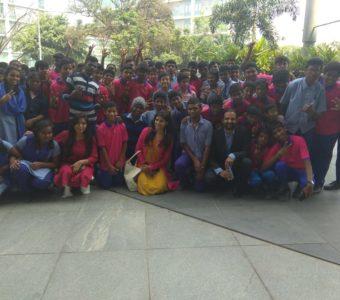 Kangana Ranaut's fans arrange a special screening of Manikarnika for underprivileged children!