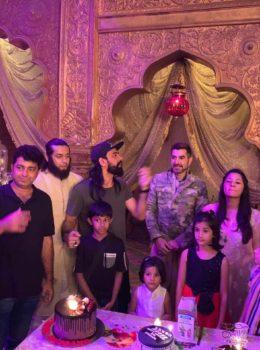 Feroz Khan celebrates his birthday 6