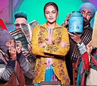 Sonakshi Sinha's emotional farewell to the team of Khandaani Shafakhana is the sweetest thing on the internet today