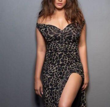 Neetu Chandra (1)