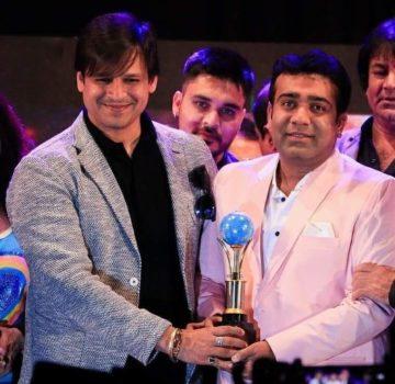 Darshan Sankhala with Vivek Oberoi