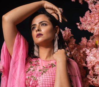 Mammootty inspires ultra-professionalism, says Prachi Tehlan