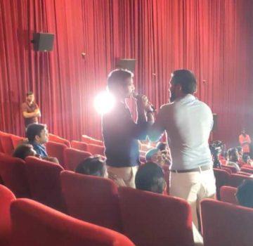 Salman Fans at special premeire of Dabangg 3