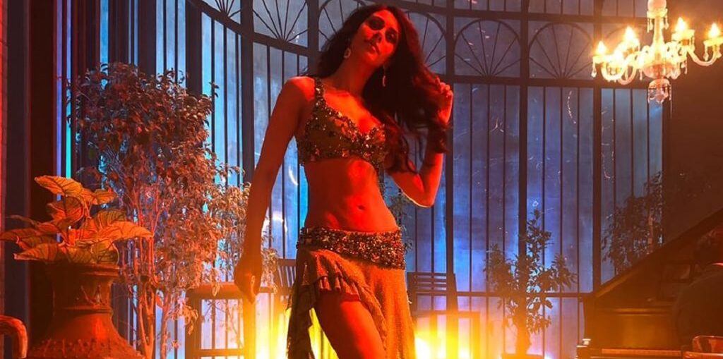 Warina Hussain in Munna badnaam hua from Dabangg 3