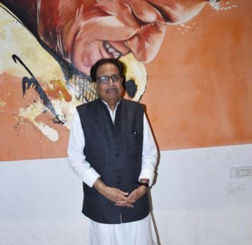 Aaditya Thackeray inaugurates Hridaynath Mangeshkar and family's restaurant (5)