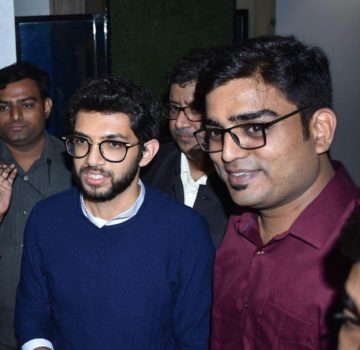 Aaditya Thackeray inaugurates Hridaynath Mangeshkar and family's restaurant (9)