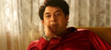 Makers of Thalaivi' unveil legend MGR's look