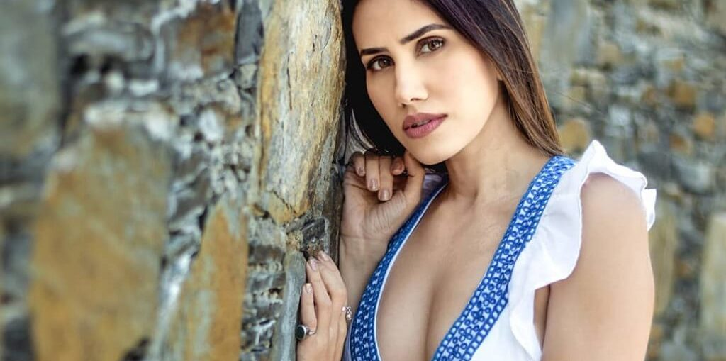 Sonnalli Seygall heart-warming message to all the women