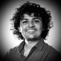 Prashant Dhotkar who now owns a food cart near Yash Raj Studio