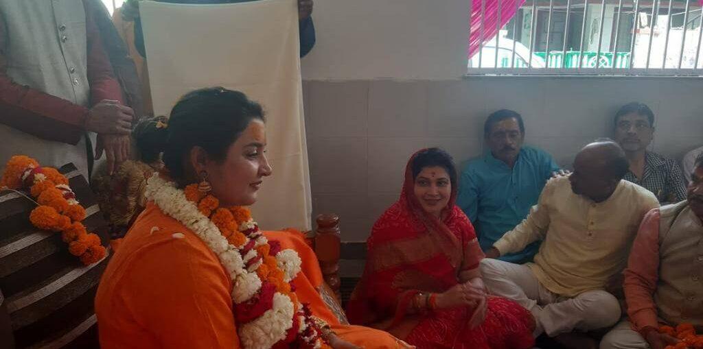 Mahamandaleshwar Devi Maa Shivangi Nand Giri