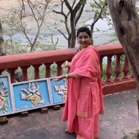 Mahamandaleshwar Devi Maa Shivangi Nand Giri (3)
