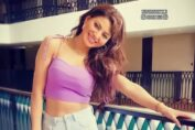 Urvashi Rautela's dance moves on Britney Spears's Tap in x Gimme More