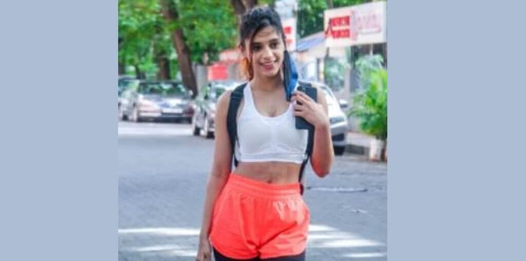 Pranati Rai Prakash in her sexy Gym outfit
