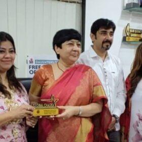 WEE – Women Entrepreneurs Enclave team received awards from Dr. Bharti Lavhekar, MLA Versova Vidhan Sabha (4)