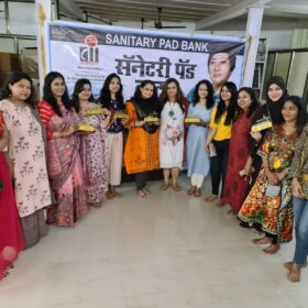 WEE – Women Entrepreneurs Enclave team received awards from Dr. Bharti Lavhekar, MLA Versova Vidhan Sabha (8)